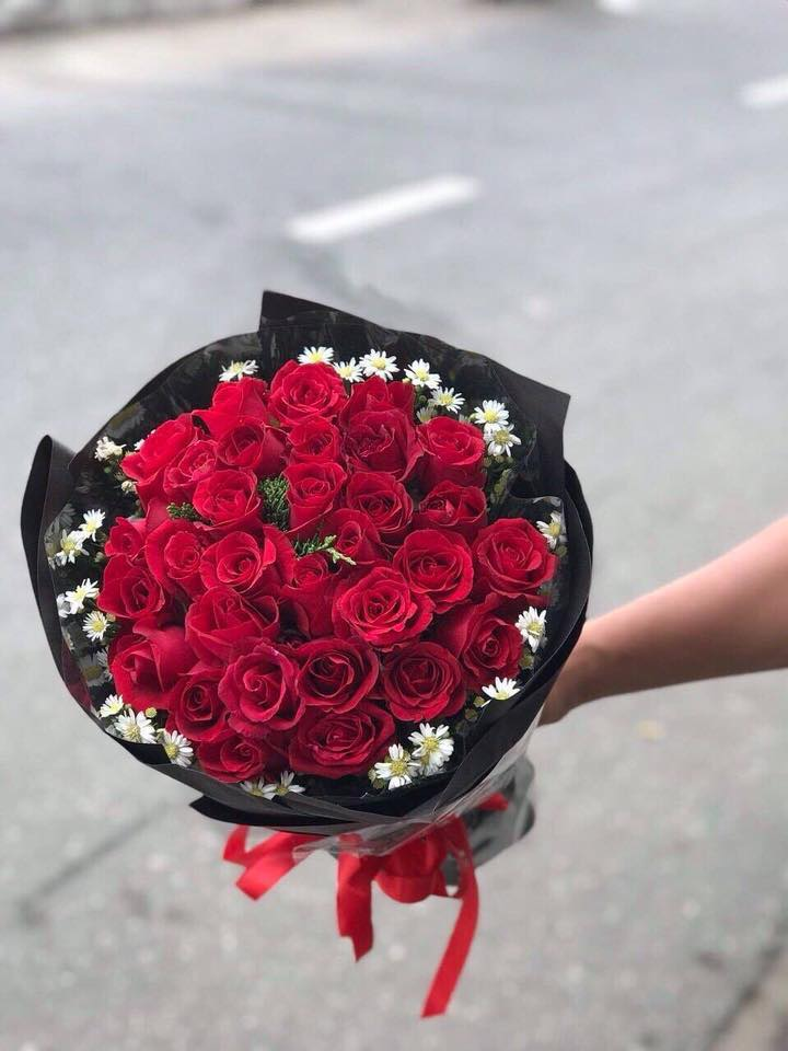 Bó hoa hồng đỏ tại shop