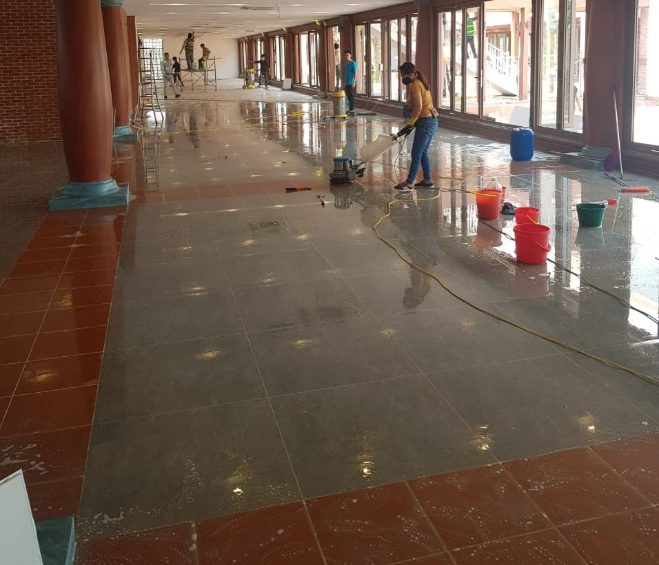 vệ sinh công nghiệp hcm