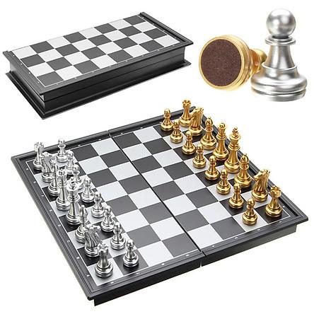 Đồ chơi cờ vua cho bé 7 tuổi