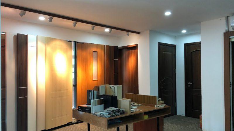Showroom cửa gỗ