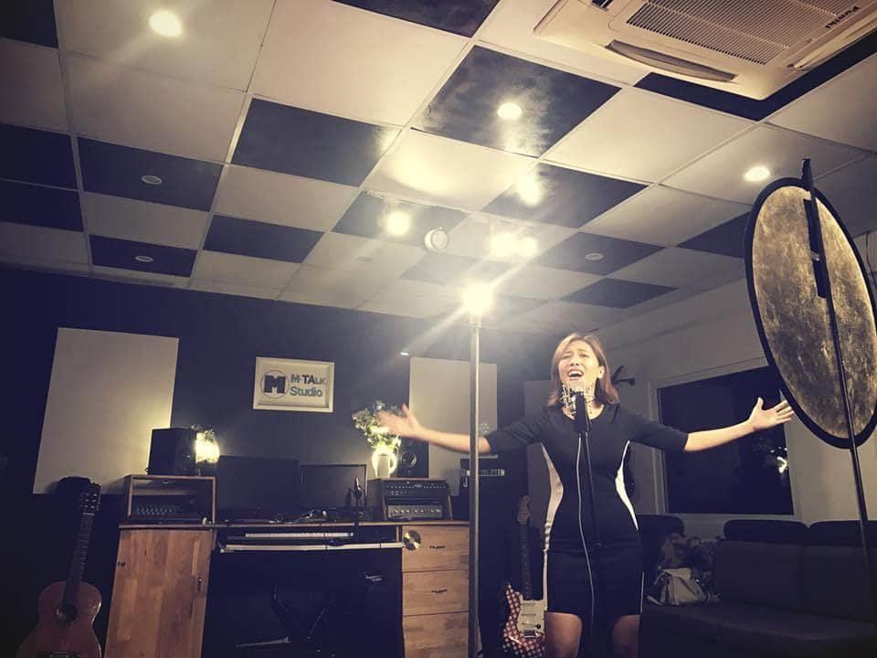 Phòng thu âm M-talk