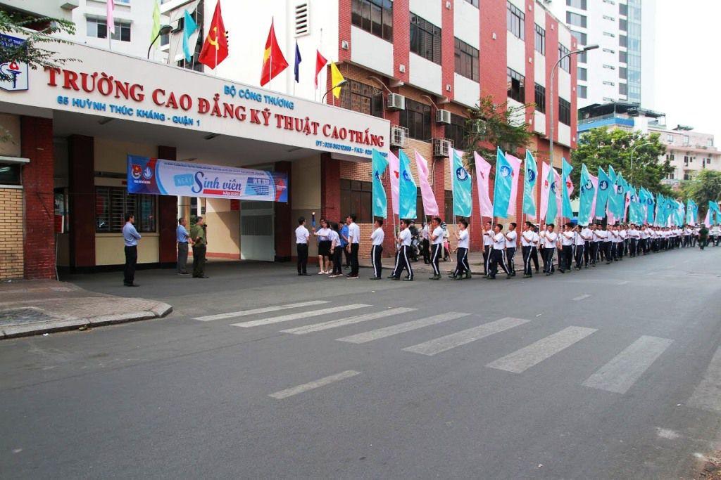 Trường CĐ Kỹ Thuật Cao Thắng